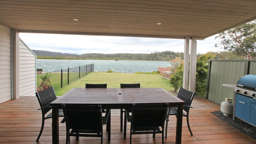 The Boat House Starboard - 2/2 Lindo St Bermagui