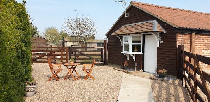 Petal Lodge, Friskney, Lincolnshire PE22 8RT