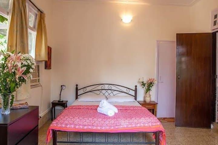 Lavish private room @ Matunga