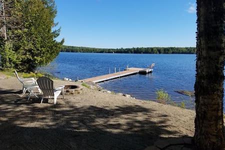 Maine Lakeside Getaway