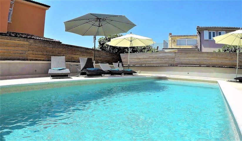 Luxury vacation (6+2) in Morska Villa Pula Croatia