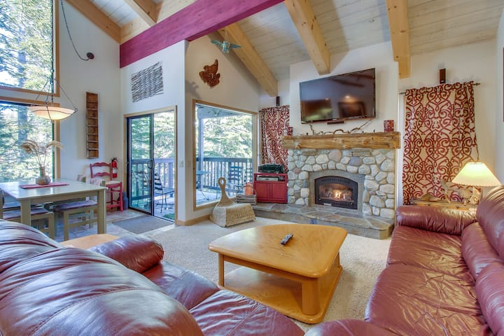 Two-level, forest-view condo w/ a deck - just steps from the Village!