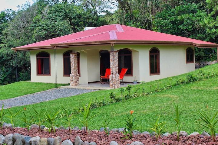 Cómoda villa cerca del Bosque Nuboso Monteverde