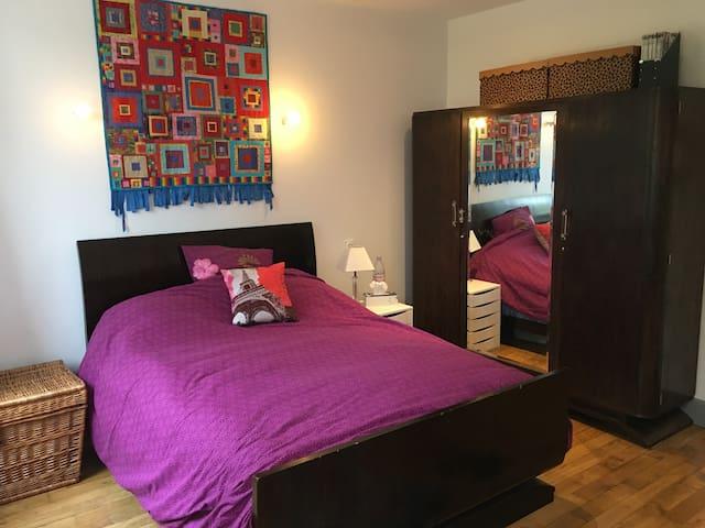 Double Bed 140cm