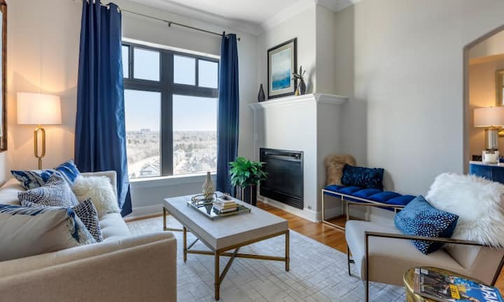 Live + Work + Stay + Easy | 2BR in Glendale