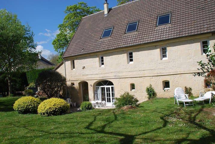 Grande maison aux portes de Caen et de Bayeux