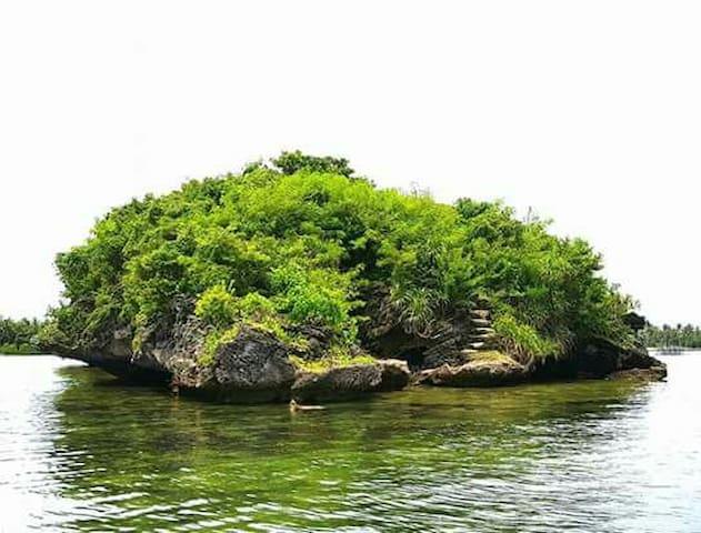BOLI HAI PRIVATE ISLAND(TRES MARIAS ISLAND GROUP)
