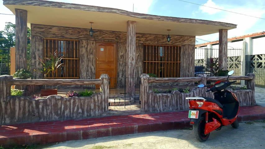 Habitación Triple villa Victoria - Trinidad - Casa