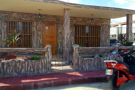 Habitación Triple villa Victoria - Trinidad - Talo
