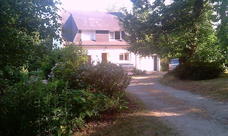 Maison familiale, calme campagne et mer - Trégunc - Villa