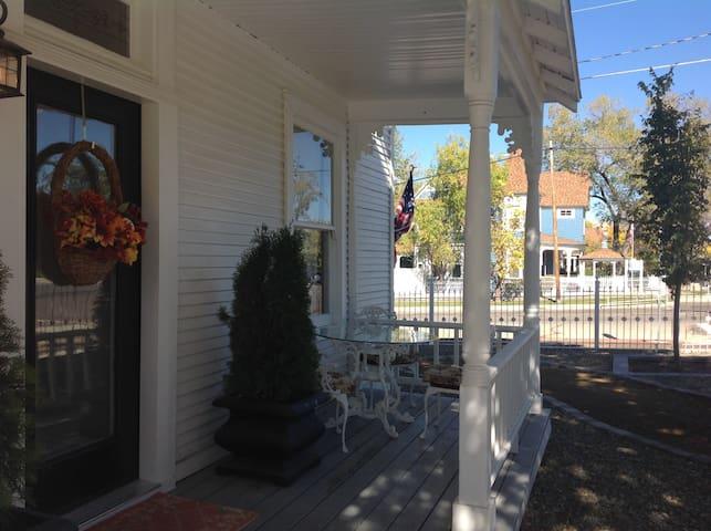 Historic Cottage - Prescott