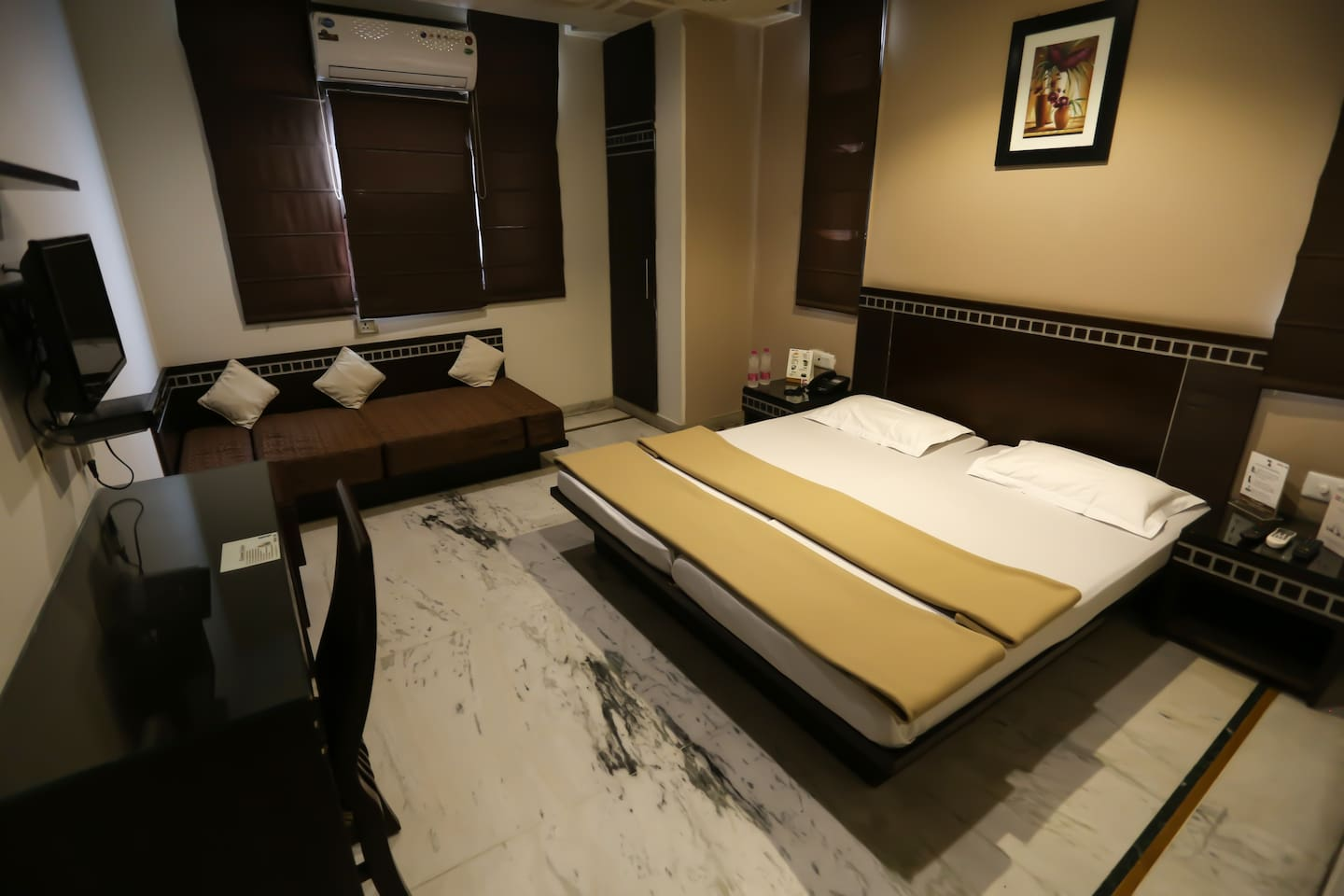 Double / Twin Beds