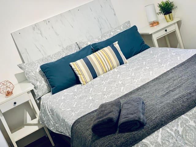 7 Luxury one bed flat next to chalk farm