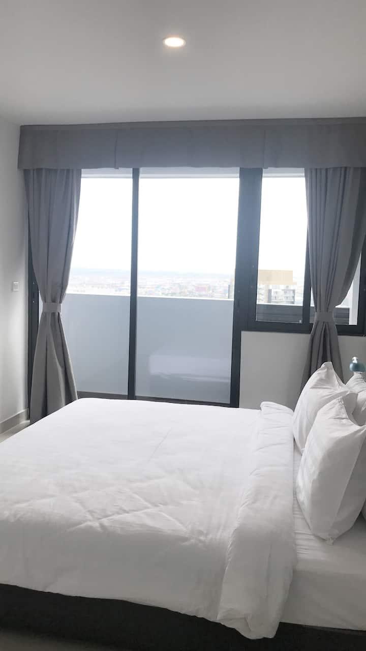 2BR Spacious Apartment Good For 4-5pax High Floor