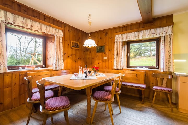 Spacious Cottage near Ski Area in Sankt Johann im Pongau
