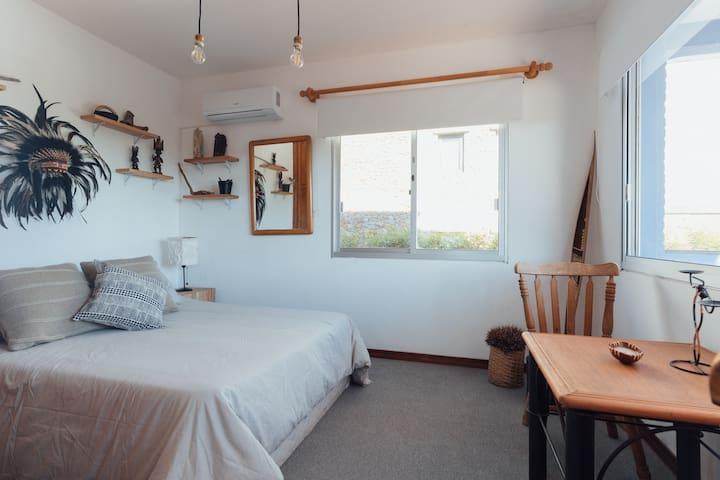Habitación doble con vistas al mar y pileta
