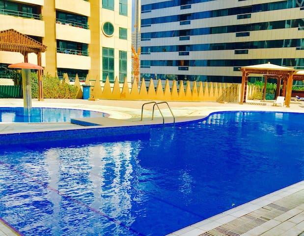 A COSY N PRIVATE ROOM IN DUBAI - Dubai - Apartemen