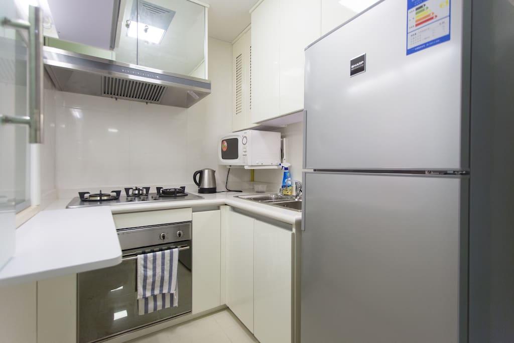 干净实用的厨房