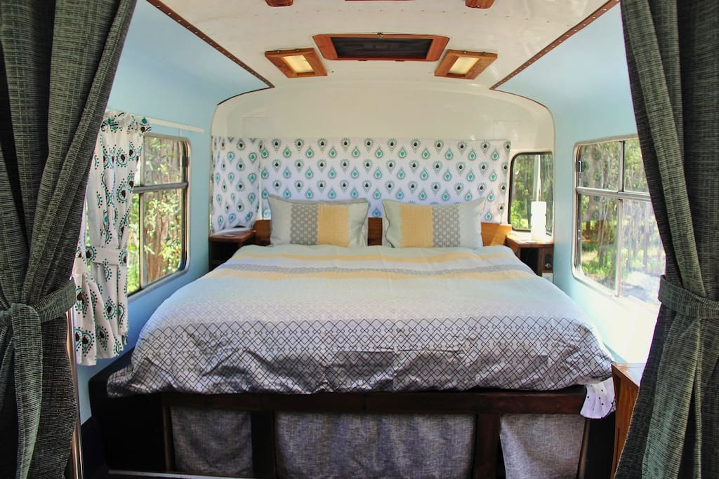 Luxurious King size bed with forest views!
