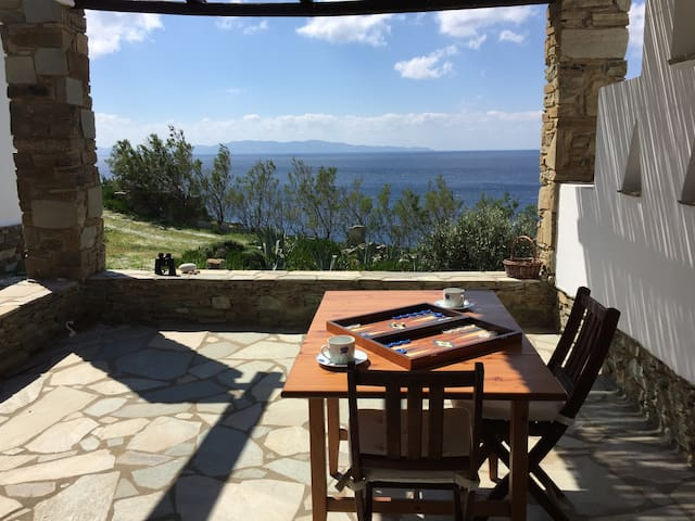 House by the sea, close to beach and Tinos town - Tinos - Dům