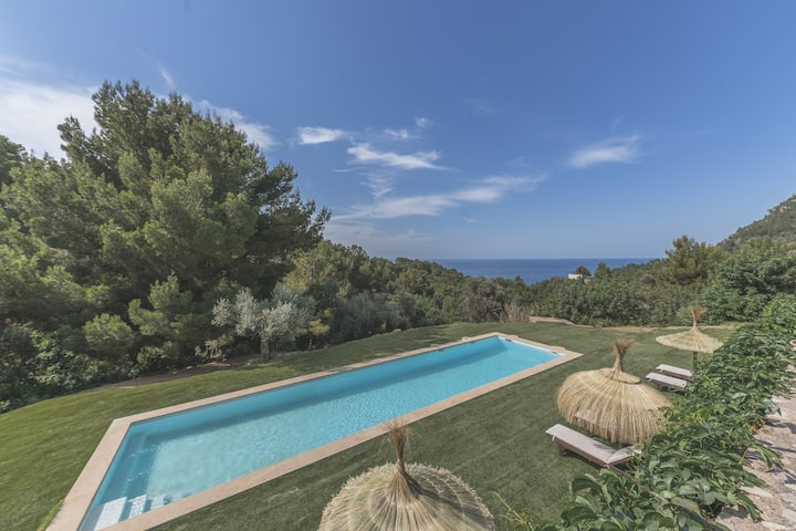 Ca Lamon Pipe: Stylish villa with pool Valldemossa