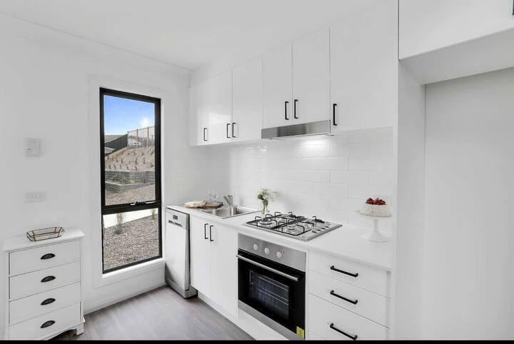 Unit 9 , 3 bedroom brand new villa clean