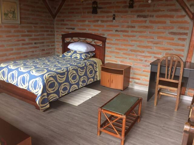 Luxury room / chambre de luxe Quito - Puembo
