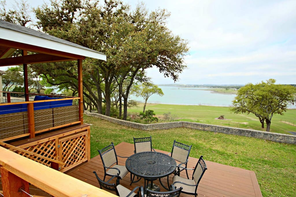 Beautiful Views of Canyon Lake from the Back Deck