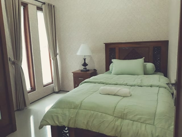 Nusa Indah Guest House Single room no.2