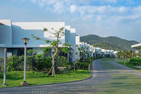 CheerVilla-Oceanami Beach Club Resort-Upto12 guest