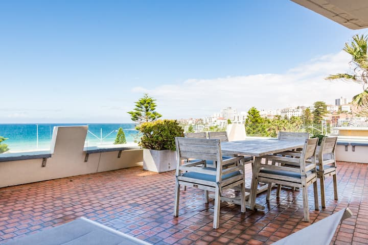 Bondi Beachfront Lifestyle - Ocean Views & Parking