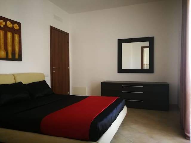 Luca's Room - casa vacanze a pochi passi dal mare!
