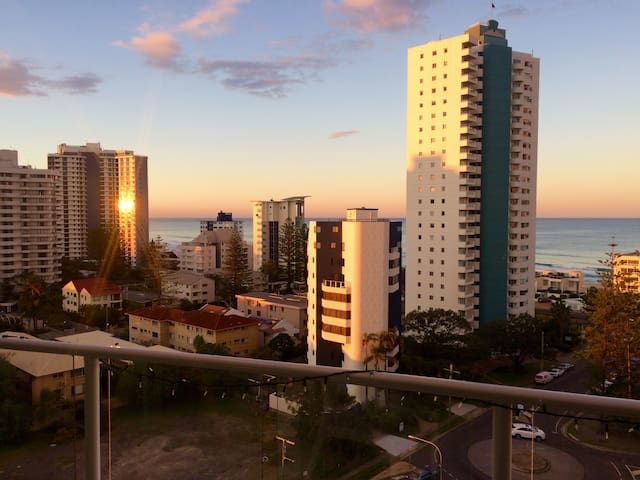 Mantra resort ocean views 2 bedroom - Surfers Paradise - Appartement