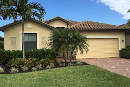 Vacation home in sunny Florida, near Naples - Estero - Huis
