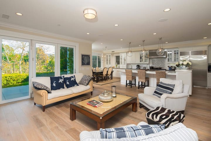 'Summer House' in Newport Beach