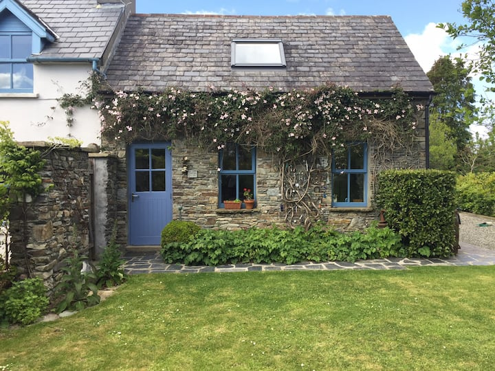 """Lovely Home ""  Skibbereen West Cork"