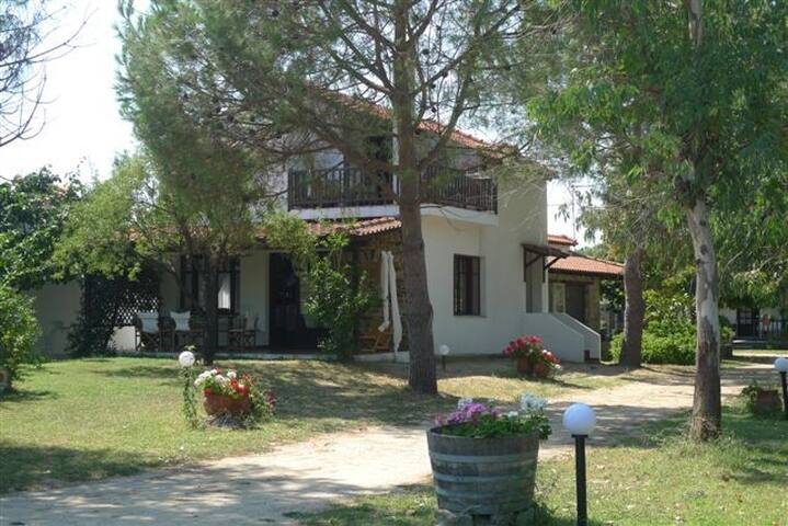 Traumhaftes Haus in Sikia / Chalkidiki am Meer - Sikia - House