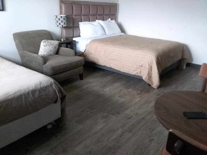 The Bridgeway - Single Room, two beds