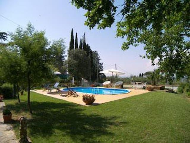 Holiday villa whit pool