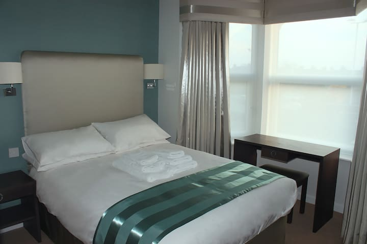Room 7.  Double Ensuite Room With Aircon