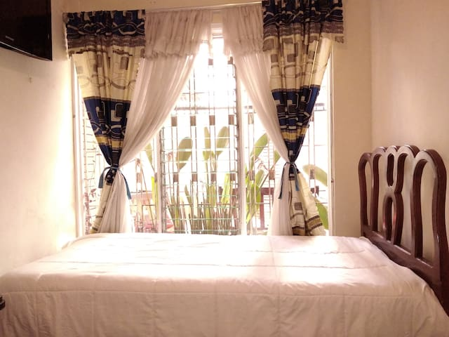 Azuay Room