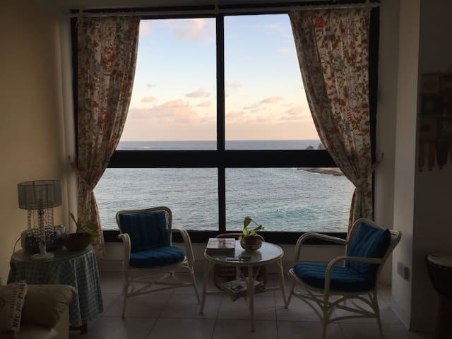 Extremely central apartment, Unobstructed SeaViews - Sliema - Apartemen
