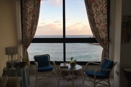Extremely central apartment, Unobstructed SeaViews - Sliema