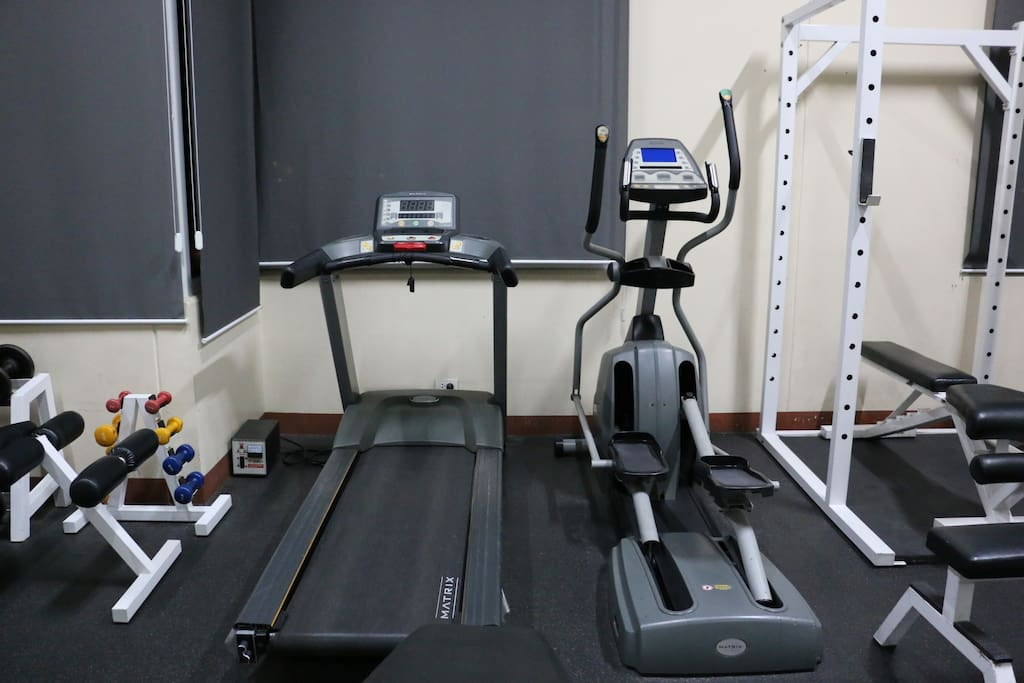 Cardio machines in the exercise room/gym