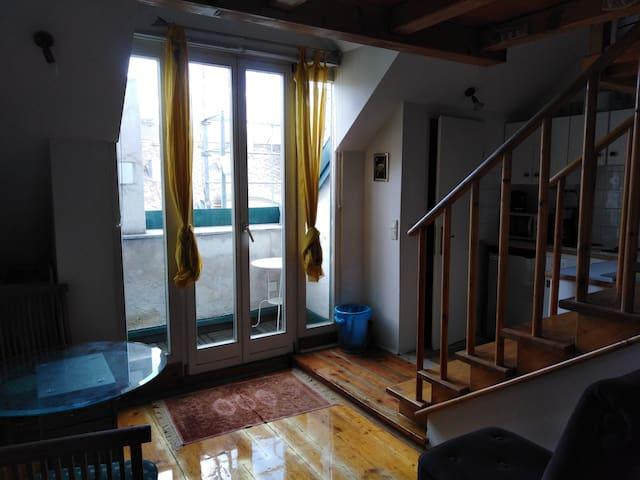 Apartment mini mit miniTerrasse GS13f