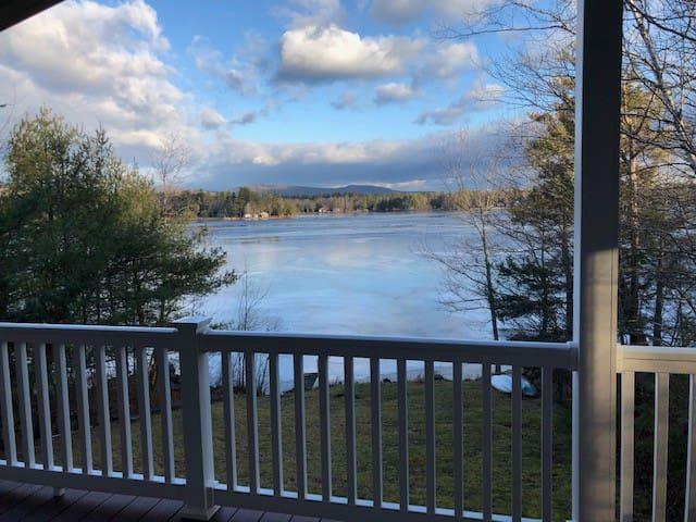 Beautiful views of Sunrise Lake!