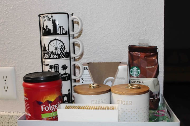Coffee and tea bar. Here you can enjoy your coffee