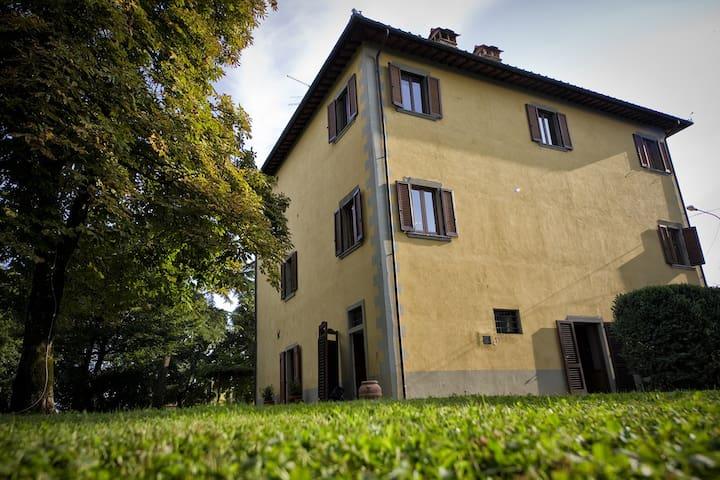 Villa in the park Poppi Tuscany
