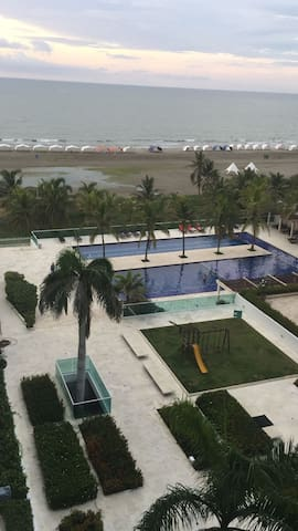 Beautiful Ocean View Apartment in Cartagena - La Boquilla - Leilighet