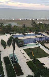 Beautiful Ocean View Apartment in Cartagena - La Boquilla